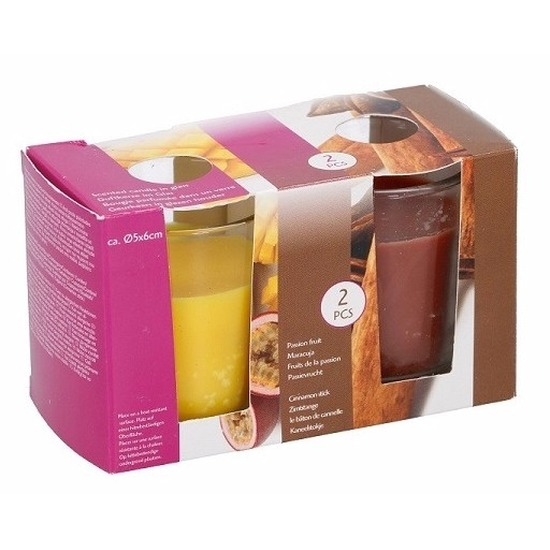 Woonaccessoires Geen Duo geurkaarsen passion fruit en cinnamon stick in glas
