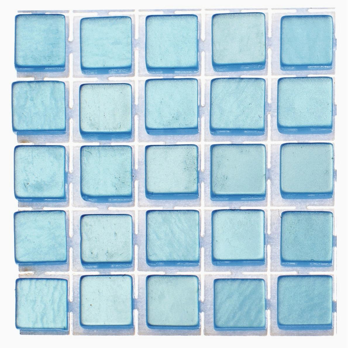 119x stuks mozaieken maken steentjes-tegels kleur lichtblauw 5 x 5 x 2 mm