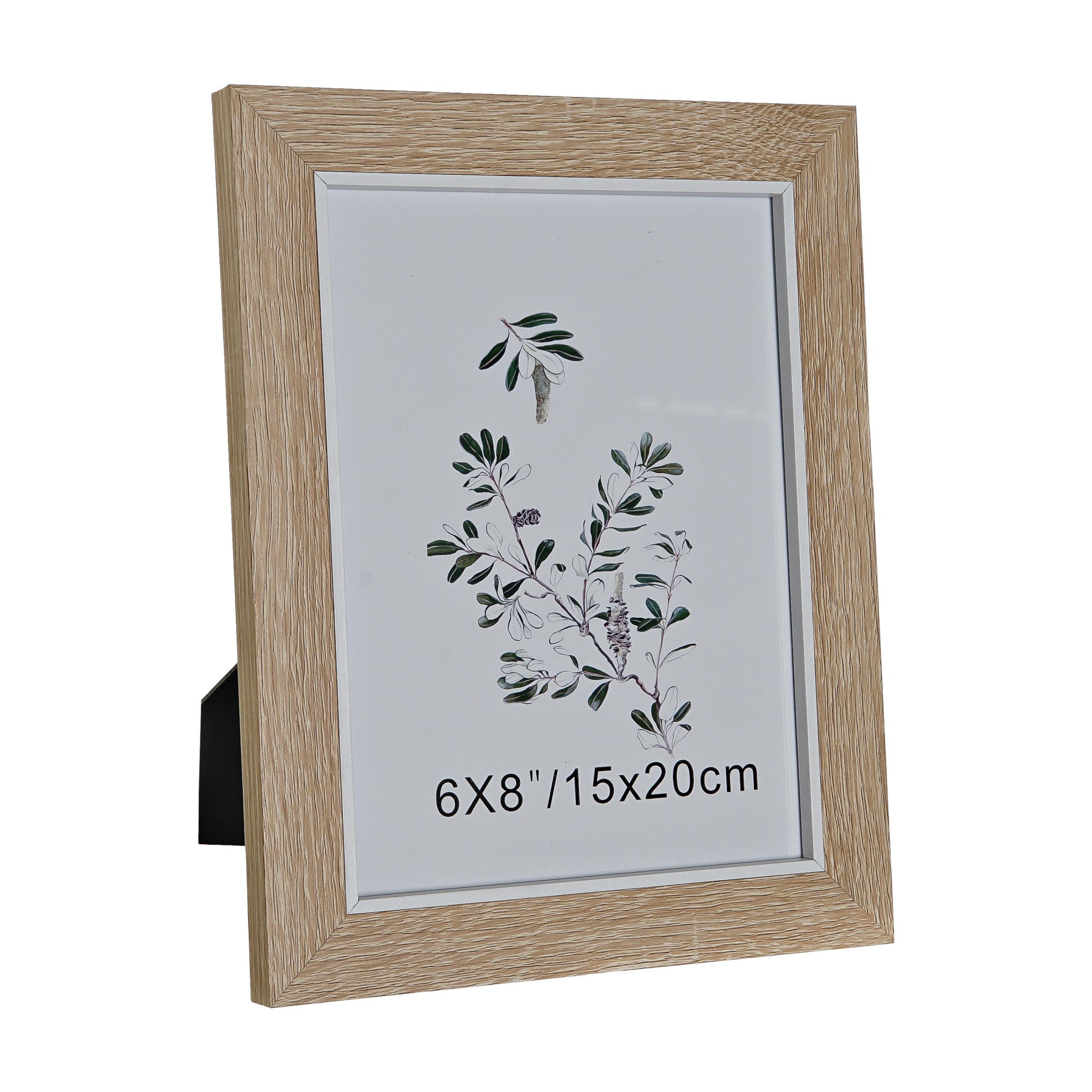 Fotolijstje naturel geschikt voor een foto van 15 x 20 cm