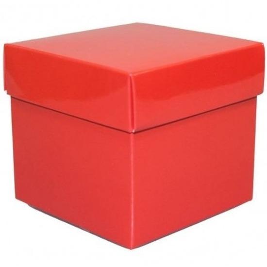 Rood cadeaudoosje 10 cm vierkant
